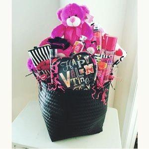 Valentine Baskets Customized By Layla Styles